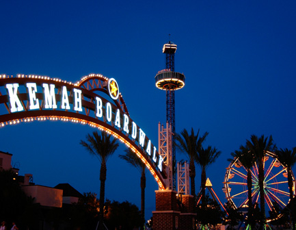Kemah Boardwalk sign